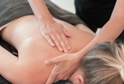 Rug- schoudermassage